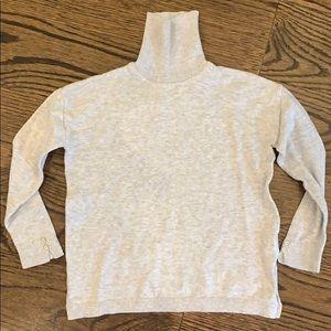 Zara Girls Knit Collection gray turtleneck, size 5